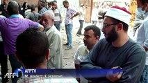 Egypte: les familles des victimes visitent les morgues au Caire