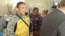 Ukraynalılar orduya yardım için seferber oldu