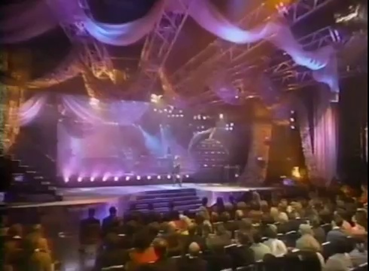 TINA TURNER - I Don't Wanna Fight (1993) (1993 World Music Awards)