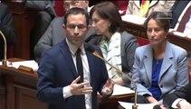 [ARCHIVE] Rythmes scolaires : réponse de Benoît Hamon à la députée Annie Genevard lors des questions au Gouvernement à l'Assemblée nationale, le 16 avril 2014