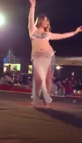 Dubai Desert Safari Belly Dance 2014 With Oasis Palm Tourism