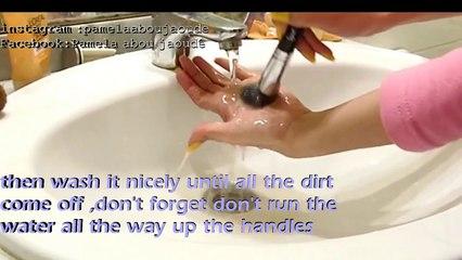 How to_ clean makeup brushes,كيفية تنظيف فرش الماكياج