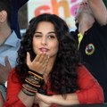 Vidya Balan Says - No Negative Side Effects of Marriage for me - With Farhan Akhtar During Promote Bollywood Movie Shaadi Ke Side Effects On Hot Air Balloon