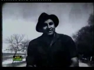 Gori ke serpay sejke, serahy ke phool kehain gein,  tum milay pyar  mila re . Zeba & Muhammad Ali Singer: Ahmed Rushdi Pakistani urdu song