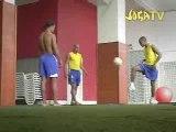 Joga bonito Ronaldinho R Carlo E Robinho