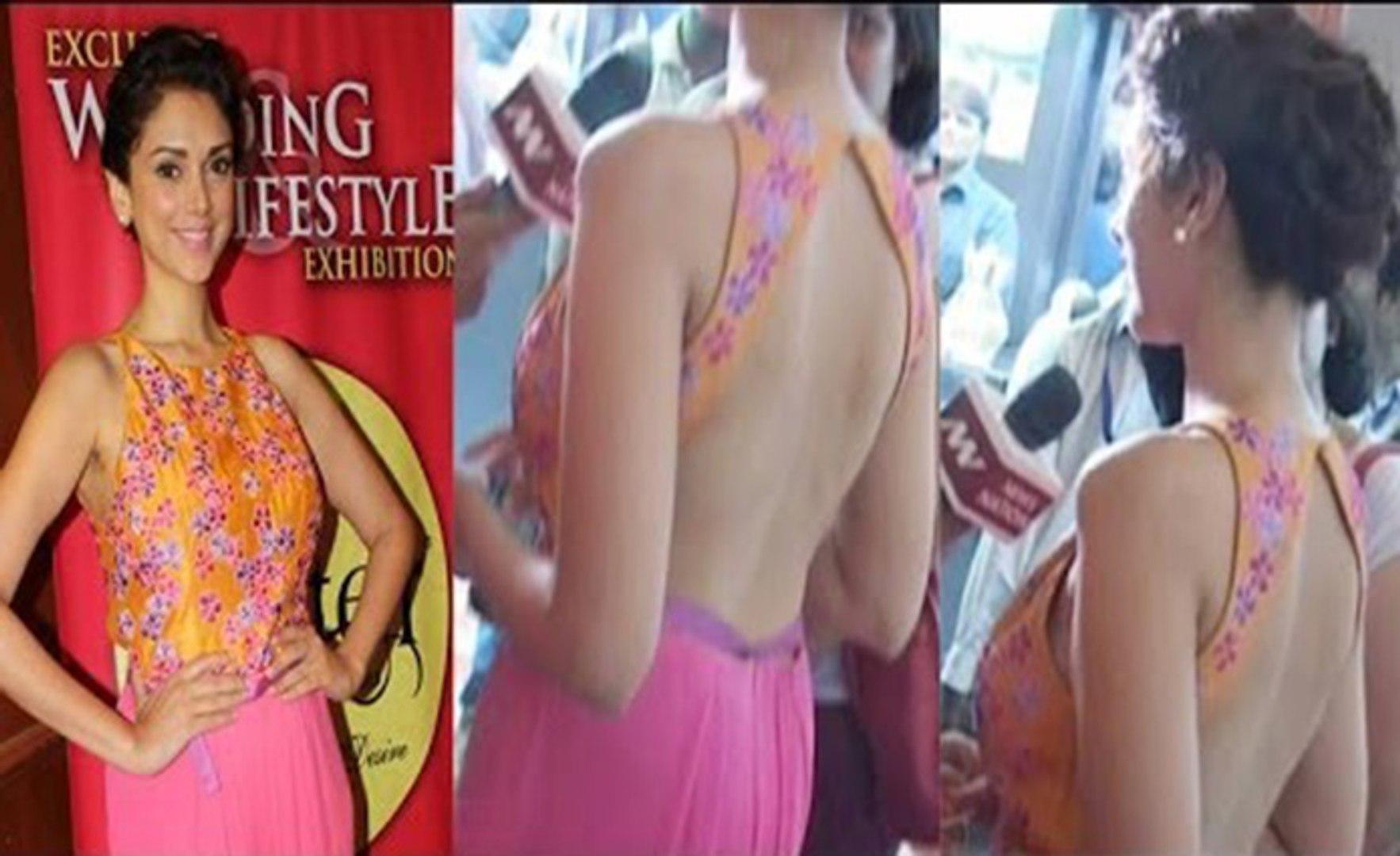 Slim Sizzling Aditi Rao Hydari looks Hot & Beauty in Backless Pink Choli At The inauguration of