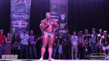 Phil Heath - Guest Posing at the Phil Heath Classic