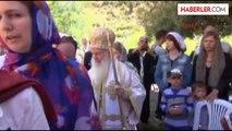 Tarihi Kilisede Paskalya Ayini