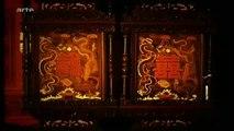 Pu Yi, dernier empereur de Chine (1-2) - Une feuille ballottée par les vents de l'histoire (2008)