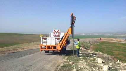 Köy Yolları Trafik İşaret ve Direği Montajı