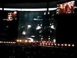 U2 VERTIGO 05 Concert PARIS CityB.Lights