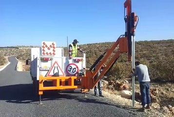 Köy Yolları Trafik İşaret Levhası ve Direği Montajı