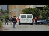Napoli - Trovato impiccato nel cortile di una scuola -1- (22.04.14)