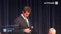 Honoré par son pays, Andy Murray fond en larmes
