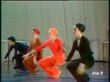 Cinq danseuses du ballet Jean Moussy