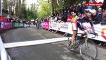 Tour de Bretagne cycliste. L'arrivée de la troisième étape  à Jugon-les-Lacs