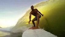 Journée parfaite pour un Surfer : vagues, potes, animaux et Gopro. Que du bonheur!