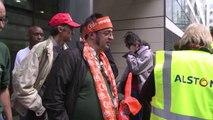 Réactions des syndicats reçus au siège d'Alstom à Levallois