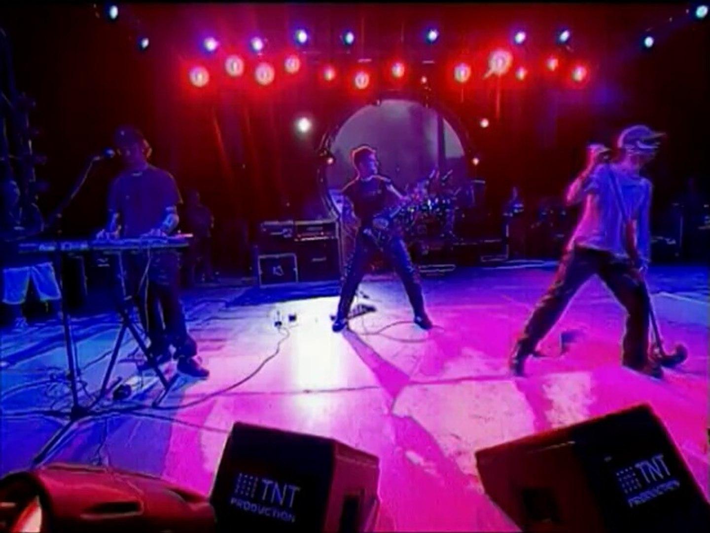 YUH -2008 SOKAĞIN SESİ ALBÜMÜ  Söz-Müzik Vecdi Yücalan