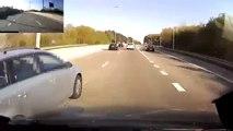 Gros Road Rage : Un chauffard percute volontairement une camionnette