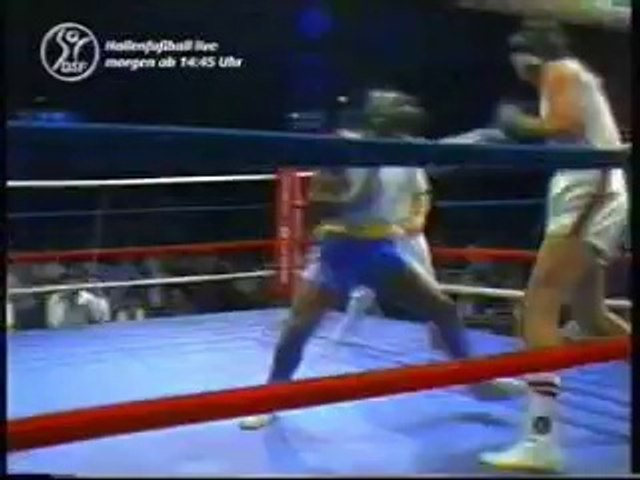 Mike Tyson vs  Kelton Brown I  1982-06-26 amateur fight