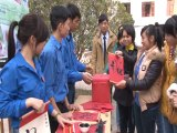 Viết thư pháp làm từ thiện, duy trì nét văn hóa Thư pháp Việt