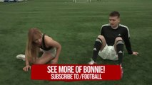FOOTBALL FIT - Glutes stretches with FOUR3THREE'S gorgeous Bonnie