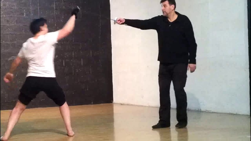 Artistic fencing lesson. Frédéric Trin