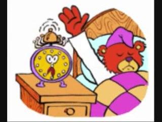 У дома часовник трака - детска песничка