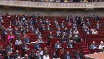 [ARCHIVE] Rythmes scolaires : réponse de Benoît Hamon au député Pierre Morel-A-L'Huissier lors des questions au Gouvernement à l'Assemblée nationale, le 6 mai 2014