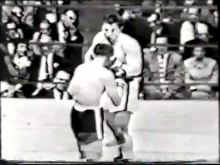 George Chuvalo vs Pat McMurty 1958-10-17