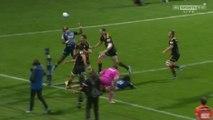Super Rugby - Lolagi Visinia jongle avec le ballon pour l'essai