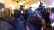 Conchita Wurst sort de scène après sa victoire à l'Eurovision 2014