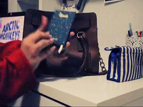 What_s in my Bag_ ماذا يوجد في شنطتي