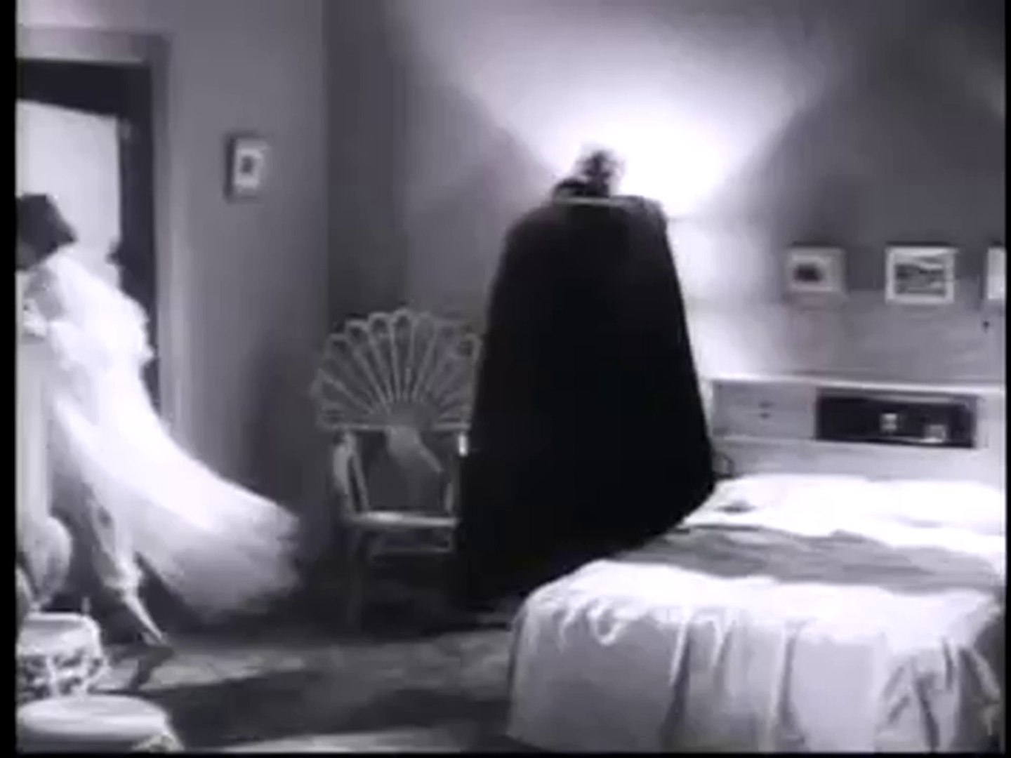 Bad Movie Trailers: Plan 9 From Outer Space
