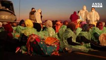 Immigrazione, Commissione Ue: Italia dica cosa vuole