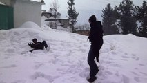 Snow fighting in last recorded snow falling in Pakistan