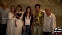 Alia Bhatt Bonds With Mom Soni Razdan, Papa Mahesh Bhatt @ Citylights Screening