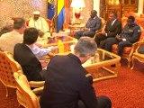Audience accordée par le Président gabonais au ministre français de la défense, Jean-Yves Le Drian