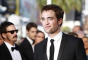 "Robert Pattinson : ""You had sex with both Juliette Binoche and Julianne Moore? Who was better?"""