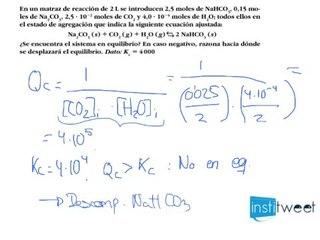 Cociente de la reacción Qr Justificar equilibrio de un sistema