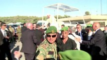 Papa vai ao rio Jordão e visita refugiados sírios