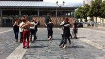 Flash mob tango place des Lices