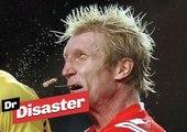 Un joueur de foot perd ses dents après un plaquage / Dr Disaster