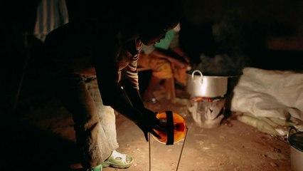 Congolese in the Kiziba camp in Rwanda : Darkness was gone