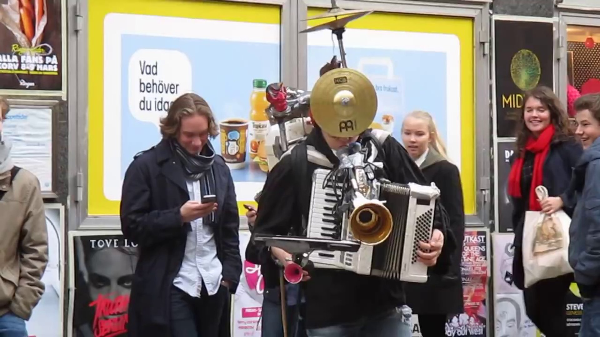 One Man Band Swedish Street Musician Covers Star Wars Theme Song
