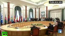 TENSIUNE la summitul de la Minsk! Putin şi Timofti erau cât pe ce să se ia la bătaie. Timofti indignat de imbargourile rusești, iar Putin că nu a fost adus la cunoștință cu Acordul de asociere a R. Moldova la UE.