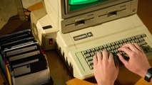 RetroGrade - Before the i-Everything, There Was Steve Jobs, Steve Wozniak & the Apple lle