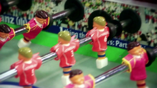FCB Allianz Arjen Robben & Thiago Alcantara play worldcup pre-matches in table football !!!