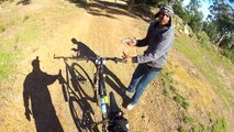 Braquage armé d'un cycliste, filmé en POV